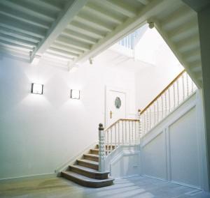 Abbaye01-_-Hall-escalier
